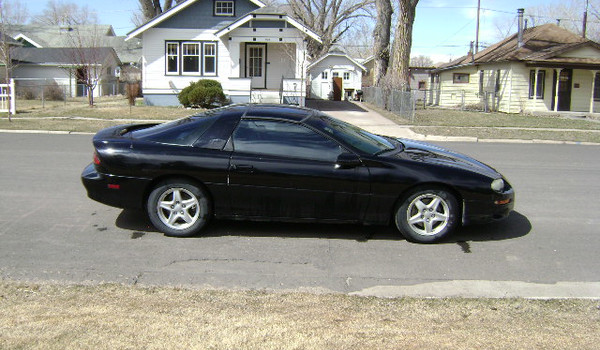 1998-Chevy-Camaro-rt-108486.JPG