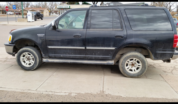 1997_Ford_Expedition-14267016733.jpg