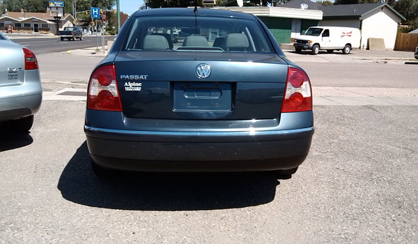 2002-vw-passat-rear-353063.jpg