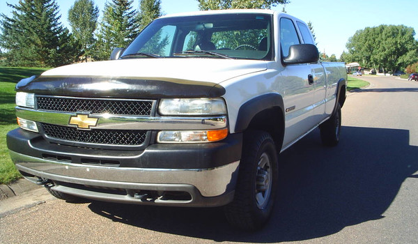 2001-Chevy-2500-HD.JPG