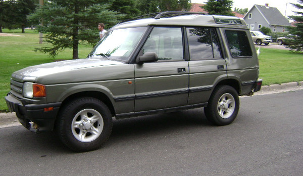 1997-Land-Rover-Discovery-lft-609707.JPG