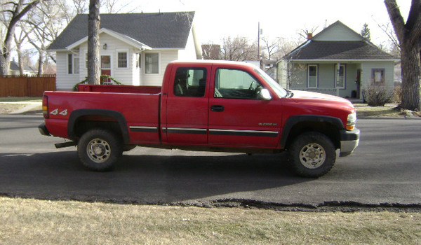2002-Chevy-Silverado-2500-rt-167540.JPG