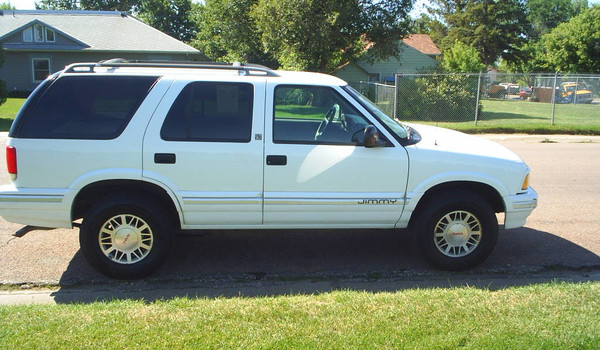1995-GMC-Jimmy-rt.JPG