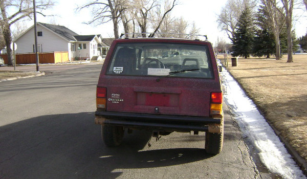 1989-Jeep-Cherokee-rear-411200.JPG