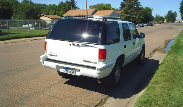 1995-GMC-Jimmy-rear.JPG