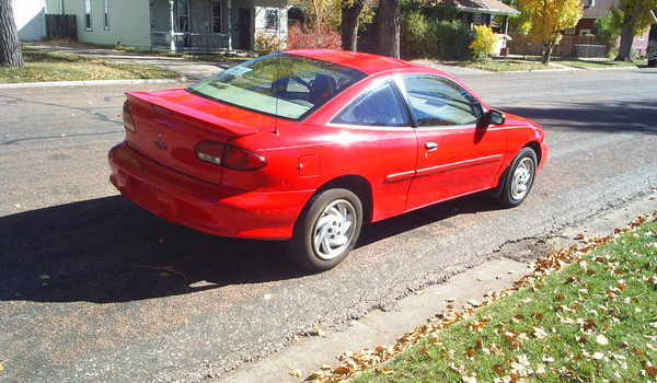 1999-Chevy-Caviler-rt-rear.JPG